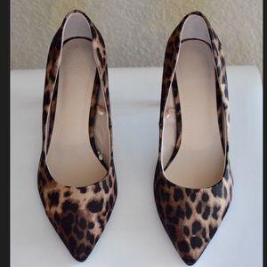 Leopard heels!!